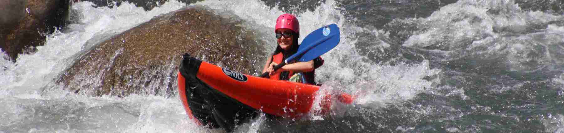 lady_on_kayak