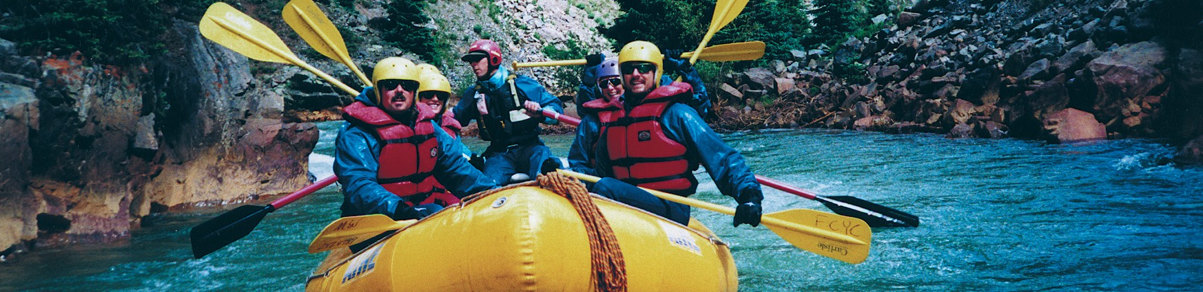UpperAnimas oars-helmets